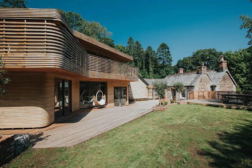 cottage-legno-lato