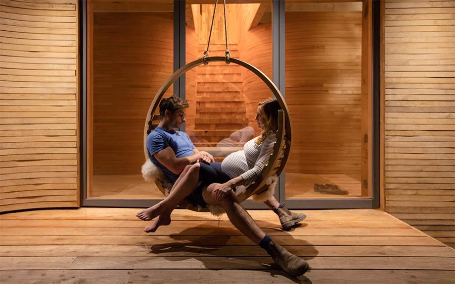 cottage-in-legno-sedia